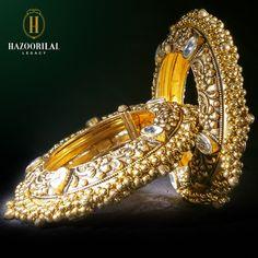 #HLPickOfTheWeek: Everlasting traditions. #HazoorilalLegacy #Hazoorilal #Gold #Jewlery #Bracelet