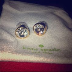 Kate Spade Earrings Bought from another posher. Great condition, just didn't wear them. Pouch included. kate spade Jewelry Earrings