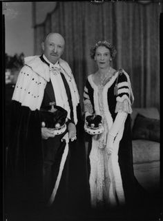 Baroness Adelaide Cohen, with her husband in a photo taken from the Coronation of Elizabeth II in 1953. The tiara features a diamond bow at the front, with smaller bows flanking, but at lot of it is hidden by her hairstyle.