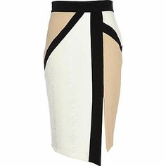 Take the colour blocking trend in a sophisticated direction with this white, beige and black contrast panel pencil skirt. Featuring an asymmetric design with s… Work Fashion, Fashion Outfits, Womens Fashion, Fashion Skirts, Skirt Outfits, Dress Skirt, River Island Fashion, Color Blocking, Colour Block