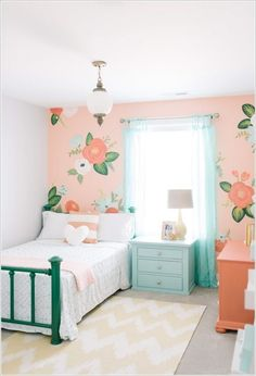 Design Loves Detail (House of Turquoise) I thought this perfectly sweet girl's room by Mollie of Design Loves Detail was a great way to kick off Valentine's Day weekend! Isn't the gorgeous floral wall a total showstopper? She wanted to use Modern Girls Rooms, Teenage Girl Bedrooms, Little Girl Rooms, Girls Bedroom, Bedroom Decor, Bedroom Ideas, Floral Bedroom, Bedroom Wall, Childrens Bedroom