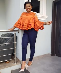 Outfit from ❤️ We gat new Arrivals in store guys 🔥🔥🔥 Y'all have a blessed Day. Short African Dresses, African Blouses, Latest African Fashion Dresses, African Print Fashion, Chic Outfits, Fashion Outfits, African Attire, Classy Dress, Kimono Cardigan