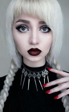 White hair, pig tails, goth doll make up, dark lipstick Dark Beauty, Beauty Make-up, Beauty Hacks, Goth Beauty, Dark Red Lips, Burgundy Lips, Deep Burgundy, Dark Makeup, Makeup Art