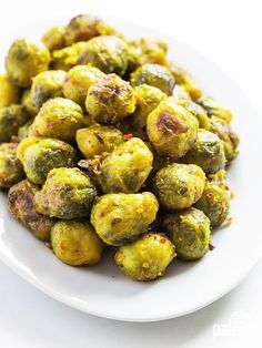 Roasted Garlic Brussels Sprouts. (Paleo Salmon Brussels Sprouts)