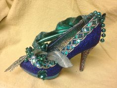 and lots going on from the left side...all blue Muses shoe 2014  created by Glitter365