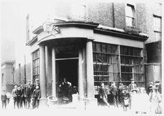 poplar high street No. built in Bow Lane to left. Uk Photos, London Photos, Vintage London, Old London, Vintage Photographs, Vintage Photos, London Drawing, Irish Catholic, Tower Hamlets