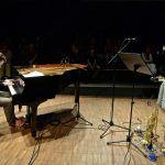 Ο MARCUS STOCKHAUSEN - σολίστας, αυτοσχεδιαστής και δημιουργός μαζί με τον βραβευμένο πιανίστα της τζαζ Florian Weber, θα βρεθεί στα 52α Δημήτρια για να ερμηνεύσει ζωντανά τις εμπνευσμένες συνθέσεις του άλμπουμ «Alba». Thessaloniki, Piano, Music Instruments, Furniture, Home Decor, Decoration Home, Room Decor, Musical Instruments, Pianos