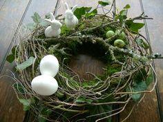 http://www.ebay.de/itm/Osterkranz-38cm-NaturPur-Tischkranz-Mooskranz-Osterdeko-Landhaus-EXKLUSIV-/281639178002?ssPageName=STRK:MEBIDX:IT
