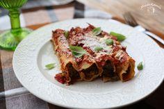 Makaronai su mėsa (įdaryti cannelloni) - Maisto Kelionės Lasagna, Spaghetti, Ethnic Recipes, Food, Essen, Meals, Yemek, Noodle, Lasagne