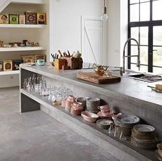 Décor Inspiration : Concrete Jungle -- a slideshow of 12 images of inspiration for decorating with concrete at home, from countertops to fireplace mantels. Decor, Stylish Kitchen, Concrete Kitchen, Countertops, Interior, Kitchen Remodel, Kitchen Dining Room, Concrete Countertops Kitchen, Home Kitchens
