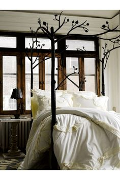 Beautiful bed posts.