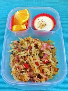 Breakfast for lunch! Potato and ham hash, baked egg, orange section. | packed in @EasyLunchboxes containers