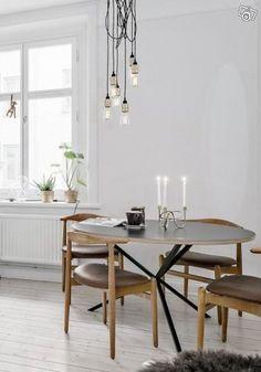 Köksbord NEB, lampa Buster & Punch, soffbord | Stockholm Office Desk, Punch, Dining Table, Stockholm, Inspiration, Furniture, Design, Home Decor, Biblical Inspiration