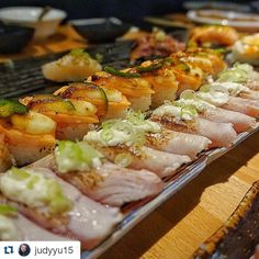 #Repost @judyyu15 with @repostapp  Sushi game on point at KAKA! All you can eat torched and pressed sushi makes me happy.  #sushi #yum #ayce #markhamfood #dinner #foodporn #igfood #instafood #foodgasm #foodcoma #kakaayce #food #eeeeeats #fresh #foodstagram #oshizushi #aburi #nom #fish by yasam_heryerde