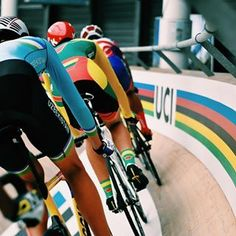 First day of racing at the 2018 UCI Junior Track World Champs is in full swing! Track Cycling, Cycling Outfit, Lycra Spandex, Champs, Fathers, Photo Art, Tights, Racing, Pure Products
