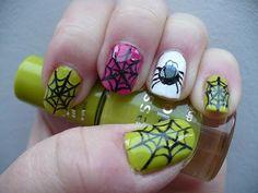 DIY halloween nails: DIY Halloween nail art : Halloween Nail Art spiderwebs
