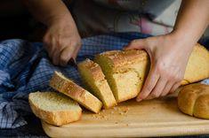 Σπιτικό παραδοσιακό ψωμί   magiacook Greek Bread, Greek Recipes, Food And Drink, Cooking, Breakfast Ideas, Breads, Christ, Places, Recipes