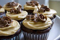 Chocolate Peanut Butter Banana Cupcakes