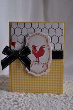 To complete: yellow paper, white paper, chicken wire paper, black ribbon, yellow… Paper Cards, Diy Cards, Scrapbook Cards, Scrapbooking, Quilling Paper Craft, Beautiful Handmade Cards, Stamping Up Cards, Animal Cards, Roosters