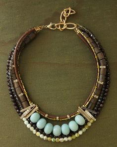 fr love this statement necklace ethno tendance, style ethnique… Tribal Jewelry, Boho Jewelry, Jewelry Art, Beaded Jewelry, Jewelery, Jewelry Bracelets, Jewelry Accessories, Beaded Necklace, Jewelry Design