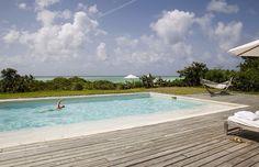 Oceanfront Residence Evoking Fortress-Like Grandeur Como Villa Parrot Cay (30)