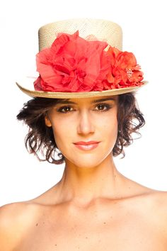 Chistera de copa African Hats, Pearl Shoes, Wedding Guest Style, Mad Hatter Hats, Kentucky Derby Hats, Wedding Hats, Love Hat, Cool Hats, Ascot
