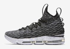 """O Nike LeBron 15 continua a surgir em diferentes cores antes da sua estreia oficial no próximo mês. Hoje trazemos imagens oficiais da colorway """"Ashes"""" q"""