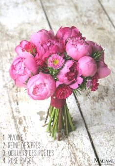 bouquet-pivoines-roses-oeillets-reine-des-pres