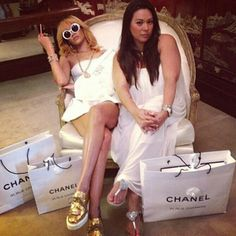 White vintage chanels and gold shoes #rihanna