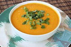 Chilled Carrot Ginger Coconut Soup – Gluten-free   Vegan // Tasty Yummies