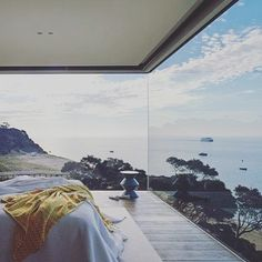 Who'd like to wake up like these ? #home #holiday #picoftheday #design #architecture #homebyme #homesweethome #homedecor #decor #homedesign #interiordesign #relax #zen #inspiration #instalike #seaview #amazing