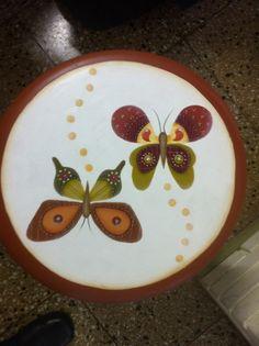 banquinho de borboletas