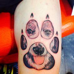 huella perro tattoo
