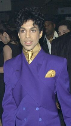 The man in purple http://www.99wtf.net/men/mens-fasion/fit-wearing-clothes/
