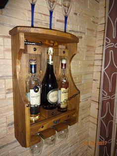 Фотография Whiskey Barrel Decor, Diy Cooler, Pallet Wine, Wine House, Wine Rack Wall, Wine Cabinets, Wine Storage, Wooden Crafts, Wooden Shelves