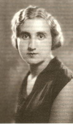 Mujer Mª fundó de feminista primer deportista 2000 el comprometida periodista Martínez 1907 de Ana trabajadoras club Poeta y española Sagi mujeres PdwBqO