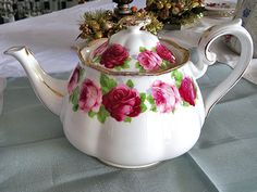 A grand old English Rose 10 cup teapot for hire from highteahire.co.nz