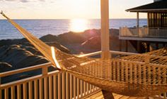 """HowStuffWorks """"10 Investment Tips for Buying a Vacation Home"""""""