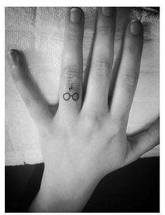 #Harry #Potter #tattoo on #finger #lightning #glasses