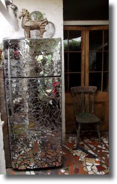 Re-used mirrors / mosaic fridge tiles - Reycled Waste Sculpture - Peter Brooks Artist Mudgee Australia Mirror Mosaic, Mirror Art, Diy Mirror, Mosaic Art, Mosaic Glass, Mosaic Tiles, Broken Mirror Diy, Broken Mirror Projects, Waste Art