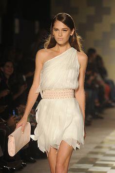 Milan Fashion week day 1: Mila Schon SS2013