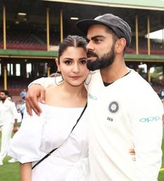 Virat Kohli's Victory Walk With Wife Anushka Sharma Is Precious In Every Sense - HungryBoo Anushka Sharma Virat Kohli, Virat And Anushka, Bollywood Couples, Bollywood Celebrities, Romantic Couples, Cute Couples, Ms Dhoni Wallpapers, Virat Kohli Wallpapers, Beautiful Bollywood Actress
