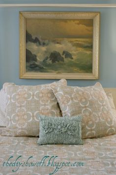 DIY Show Off gives a guest bedroom a beautiful budget friendly makeover with paint and thrifty finds. Guest Bedroom Office, Guest Bedrooms, Guest Room, Diy Shows, House Of Turquoise, Sewing Pillows, Farmhouse Homes, Diy Decorating, Beautiful Homes