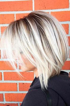 Blonde Bob Hairstyles #BobCutHairstylesCurly