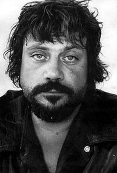 Oliver Reed. Film star and legendary piss artist!
