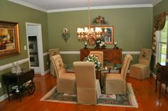 Dining Room in a waterfront estate in St. Mary's County Maryland