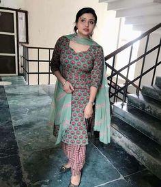 Punjabi dress punjabi beauty Beautiful Girl Indian, Beautiful Indian Actress, Muslim Women Fashion, Indian Fashion, Desi Girl Image, Eastern Dresses, Hot Goth Girls, Punjabi Dress, Girls Dp Stylish