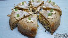 Csirkés-spenótos pite Baked Potato, Potatoes, Baking, Ethnic Recipes, Food, Potato, Bakken, Essen, Meals