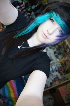 "I follow this girl on Tumblr. She's so cute and sweet. Oh, and she's NOT scene. Don't pin her to your stupid ""scene kids"" boards. Dyed hair doesn't make someone scene."