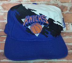 61860e3af06 New York Knicks Vintage Snapback Logo Athletic Splash Hat NBA Starter Rare  Cap New York Knicks